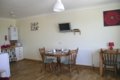The kitchen with kitchen table